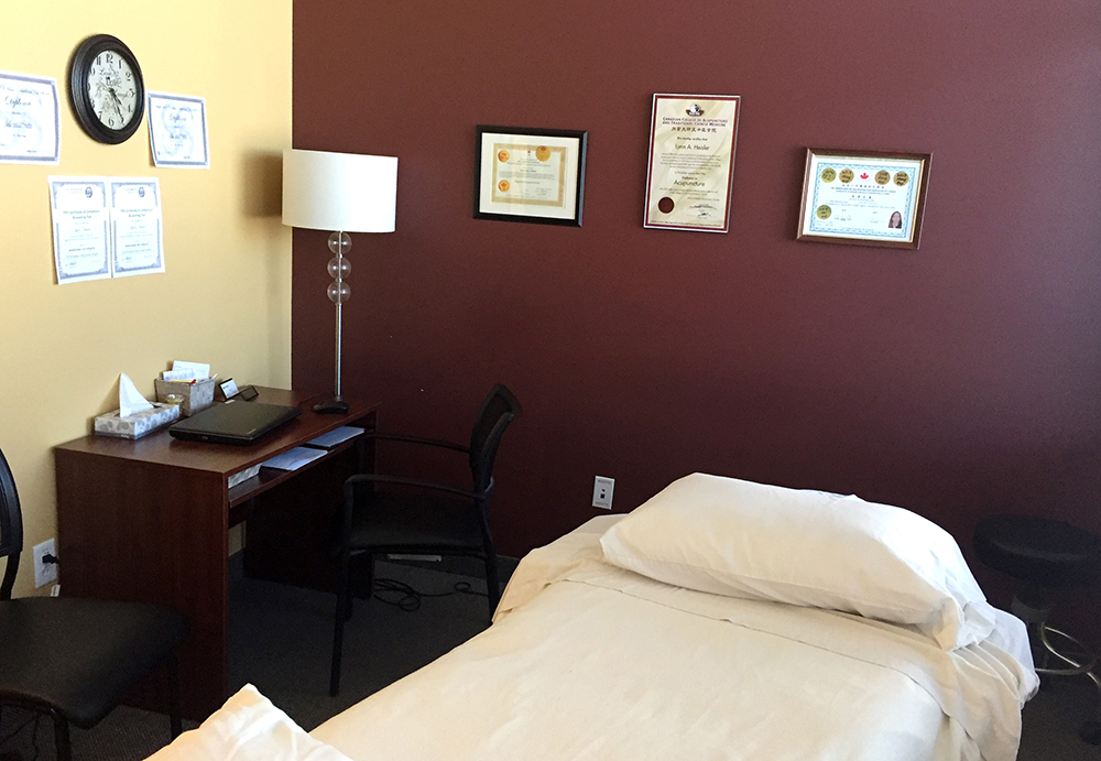 Photograph of pt Health Amherst private massage therapy room