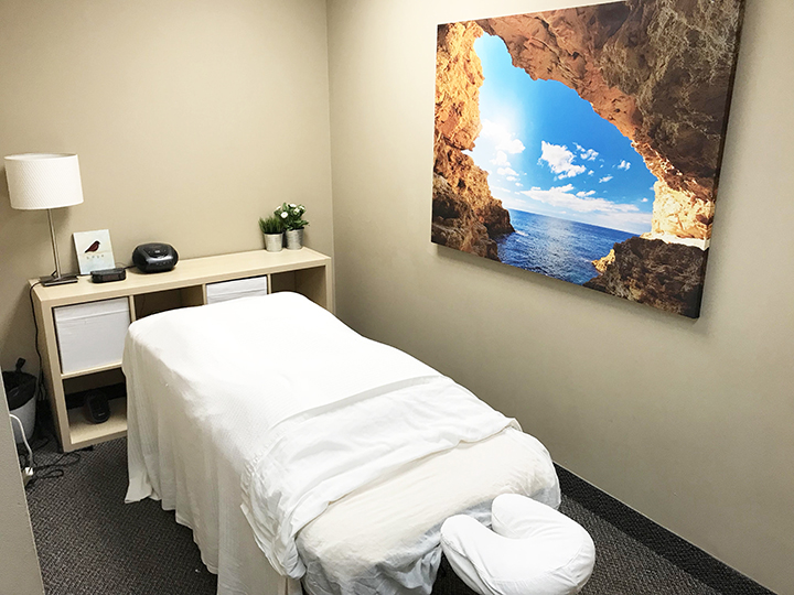 Photograph of a private massage therapy room at Limeridge Physiotherapy