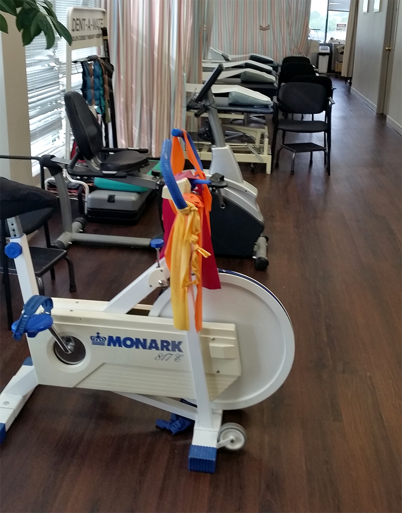 Photograph of North Brampton Physiotherapy pt Health treatment area