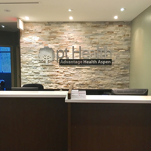 photograph of advantage health aspen pt Health front desk