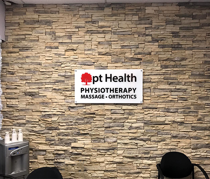photo of pt Health austin ave clinic reception sign