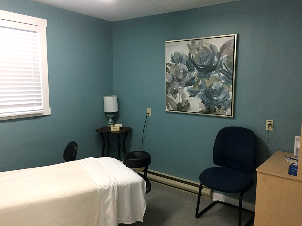 Photograph of Berwick Physiotherapy's calming private treatment room for massage therapy sessions