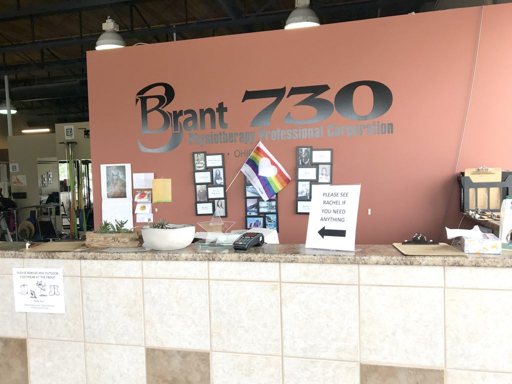 Brant 730 Physiotherapy in Burlington Front Desk