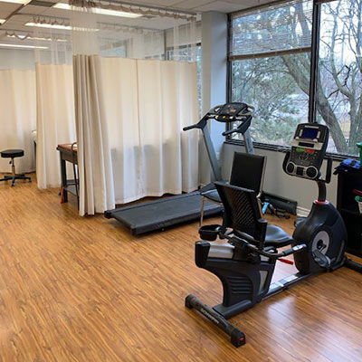 photo of pt health four seasons physiotherapy exercise area
