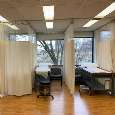 photo of pt health four seasons physiotherapy treatment area