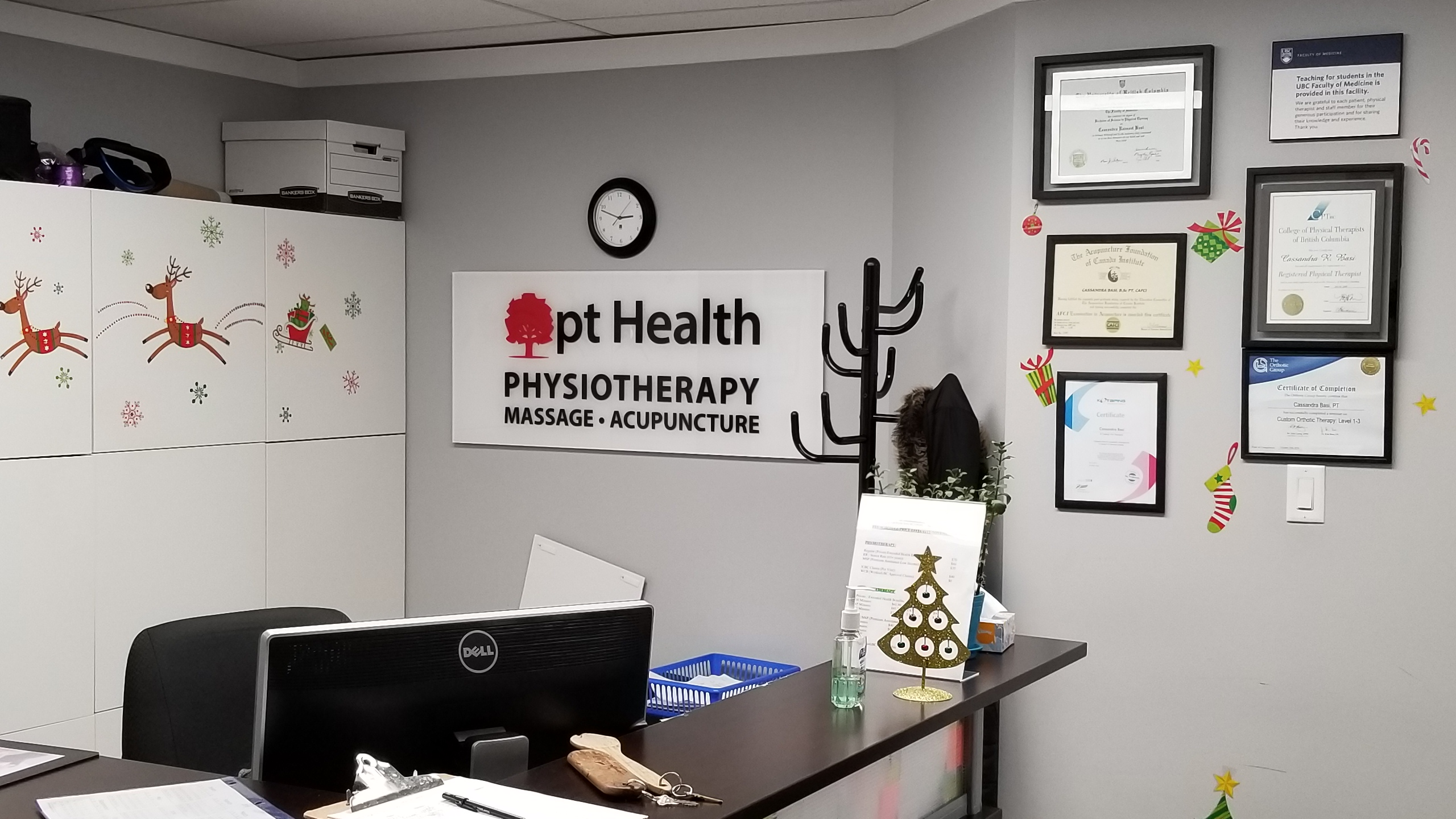 photo of newton physiotherapy front reception area