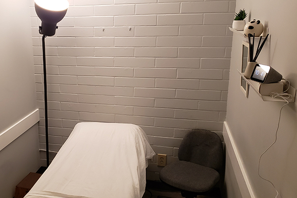 photo of pt Health Richmond Physiotherapy massage therapy room