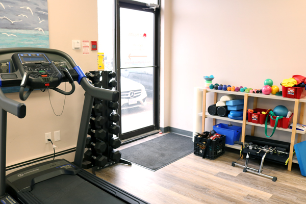 photo of pt Health Six Points exercise area Etobicoke
