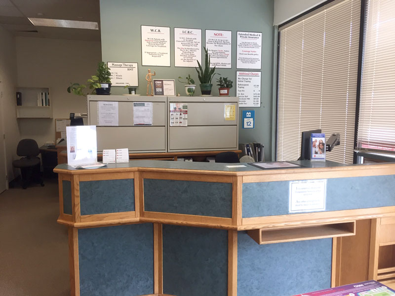 photo of pt health squamish physiotherapy and wellness reception desk