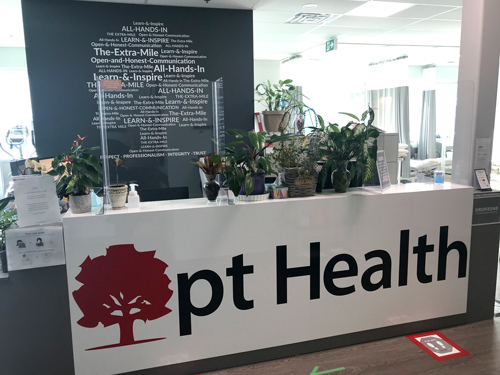 photo of pt Health Barrie Physiotherapy reception desk