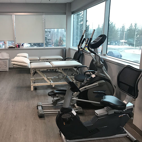 photo of pt health barrie physiotherapy treatment area