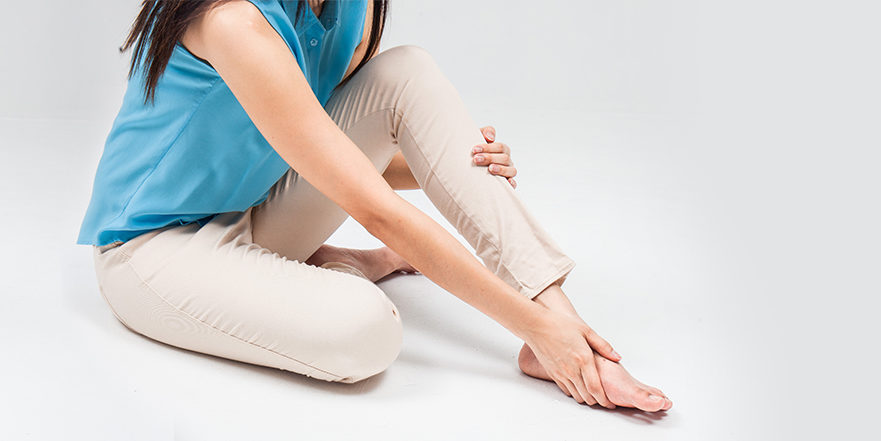 Woman with tarsal tunnel syndrome (TTS)