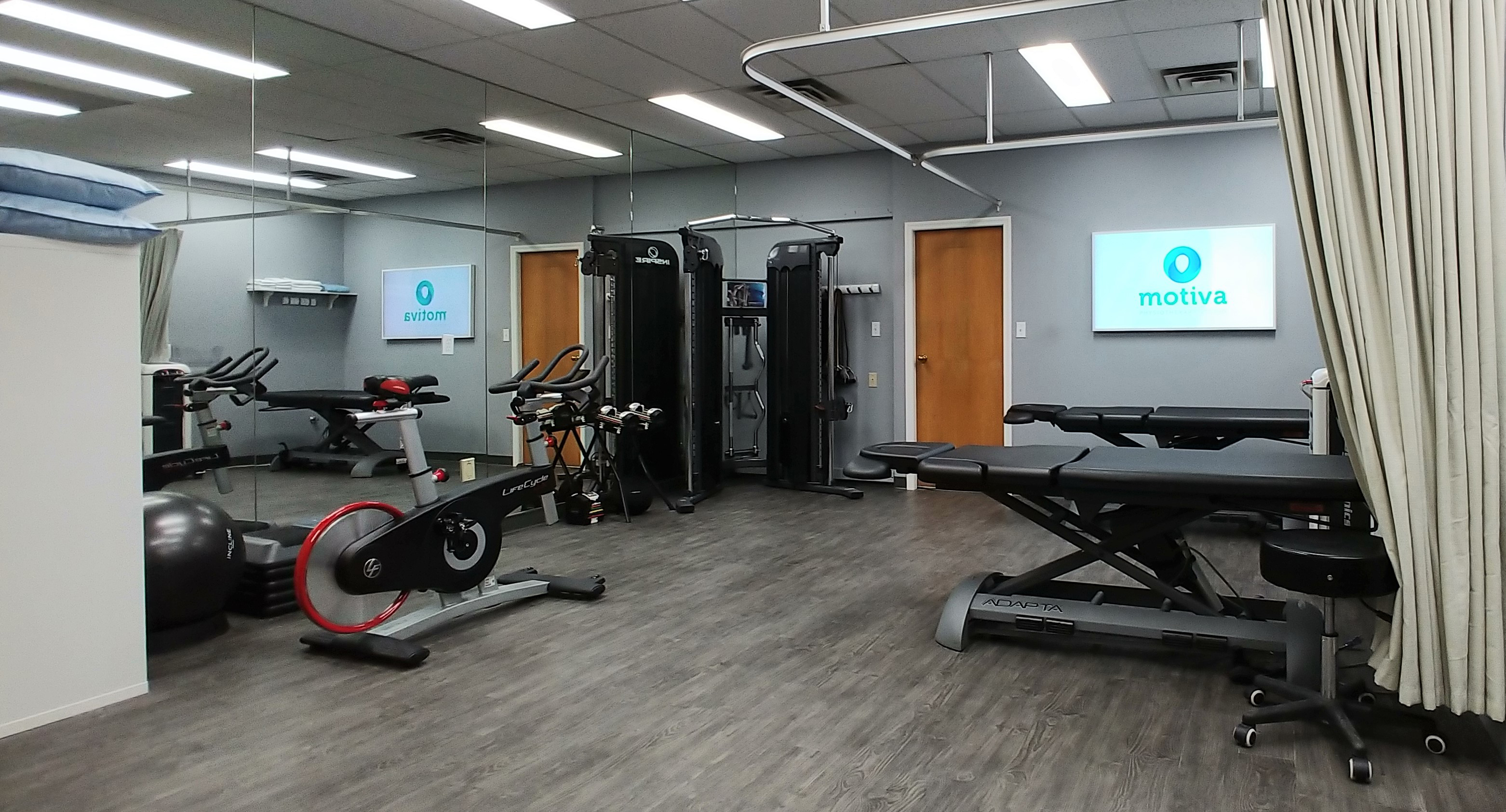 photo of Motiva Physiotherapy Surrey treatment room