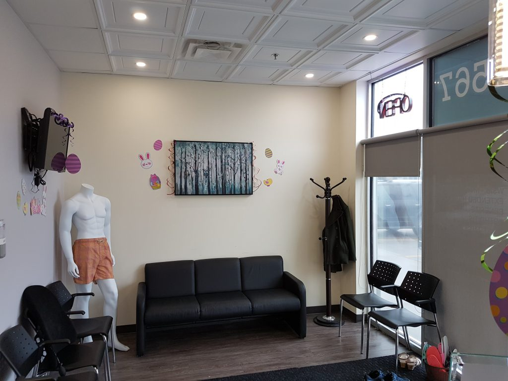 Photograph of Fotis Physio and Wellness Barrie's lobby