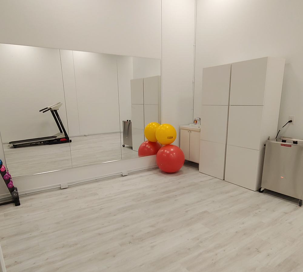 photo of pt health oshawa physio and rehab exercise room